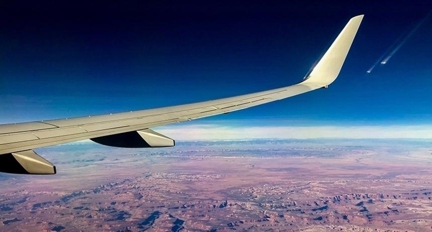Companiile aeriene se aşteaptă la pierderi de 157 de miliarde de dolari până anul viitor